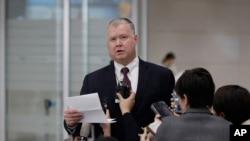 스티브 비건 미국 국무부 대북정책 특별대표가 지난해 12월 인천공항을 통해 한국에 입국하면서 대북지원 등에 관한 입장을 밝혔다.
