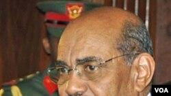 Presiden Sudan Omar al-Bashir dituduh mempersenjatai kelompok-kelompok milisi di Sudan Selatan.