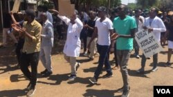 Doctors protesting in Harare ...