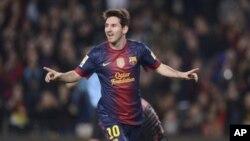 Lionel Messi terpilih menjadi salah seorang dari tiga finalis untuk penghargaan pemain terbaik dunia FIFA (foto: Dok).