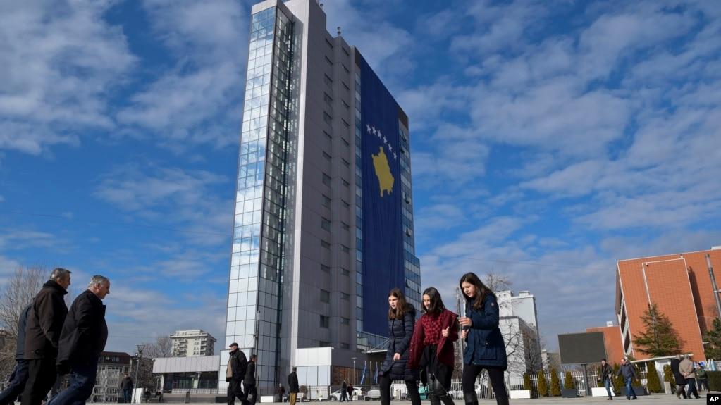 Kosova mes debateve për tarifat dhe kufijtë