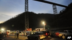 Suasana di tambang batu bara Upper Big Branch di Montcoal, West Virginia. (Foto: Dok)