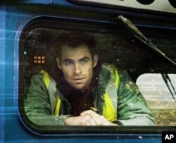 Chris Pine portrays a rookie train conductor who works with a veteran engineer to avert a major disaster in Unstoppable.