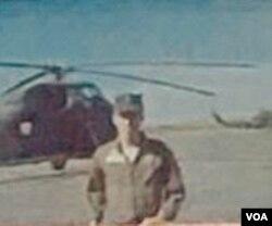 Phi công trực thăng Chung Tử Bửu, thân phụ Tiffany Chung.