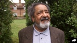 FILE - British author V.S. Naipaul in Salisbury, England, in 2001. The Trinidad-born Nobel laureate whose celebrated writing and brittle, provocative personality drew admiration and revulsion in equal measures, died Saturday at his London home, his family said. He was 85.