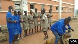 Reclusos realizam actividades culturais em prisão de Malanje, Angola