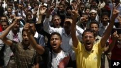 也門大批民眾抗議薩利赫回國。