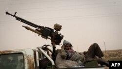 Ливийские повстанцы под Сиртом