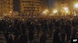 په مصر کې د دویمې ورځې دپاره مظاهرې روانې دي