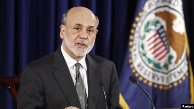 """Según Ben Bernanke, el impacto económico del """"abismo fiscal"""" es demasiado grande."""