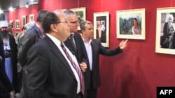 Fotografi Roland Tasho çel ekspozitë me foto të shqiptarëve në SHBA