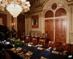 胡锦涛在这里和参议院领袖会面