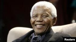 Ông Nelson Mandela, tổng thống người da đen đầu tiên của Nam Phi