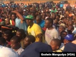 Mourners at Rufaro Stadium for Body Viewing of Former Zimbabwe President Robert Mugabe 4