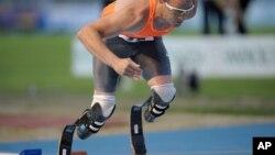 """Foto de archivo de Oscar Pistorius, el apodado """"Blade Runner"""", que participará en las Olimpiadas de Londres 2012."""