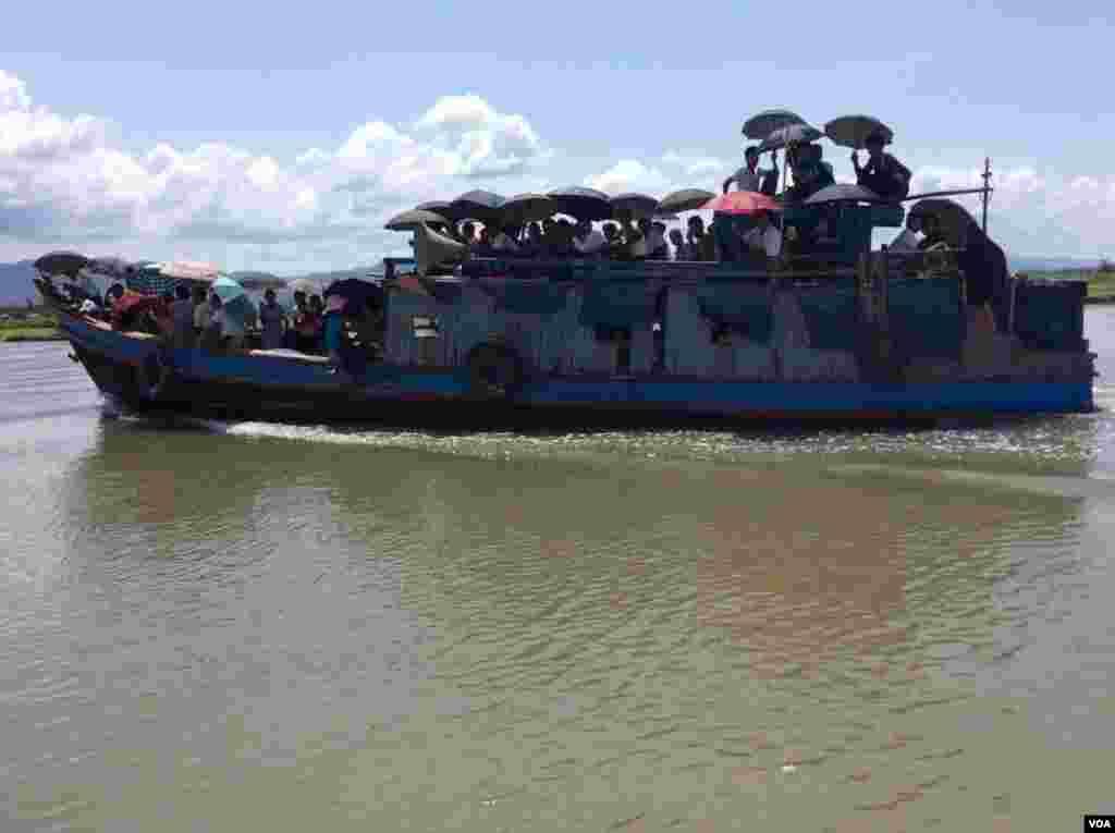 VOA Burmese Team's Rakhine Trip