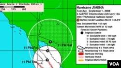El Centro Nacional de Huracanes de EE.UU. indica que Jimena viaja rumbo norte.