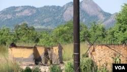 Casas destruidas em Mossurize