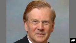 Simon Henderson, perito em questões do Mdio Oriente e petroleo