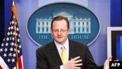 Beyaz Saray Sözcüsü Robert Gibbs