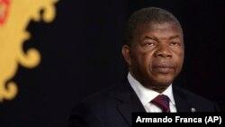 Presidente angolano defende combate à corrupção que não é contra a familia Santos