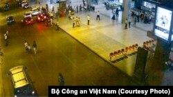 Hiện trường vụ đặt bom xăng (vùng khoanh đỏ) tại sân bay Tân Sơn Nhất ngày 22/4/2017. Ảnh: Bộ Công an