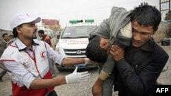 Một người biểu tình bị thương trong vụ đụng độ ở Sana'a, Yemen, 24/11/2011