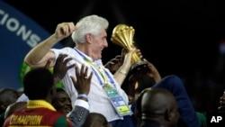 Hugo Broos, lors de la victoire à la CAN 2017, Libreville, le 5 fevrier 2017
