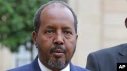 Tổng thống Somalia Hassan Sheikh Mohamud nói ông cám ơn sự quan tâm của cộng đồng quốc tế, nhưng thế giới phải tôn trọng chủ quyền của Somalia.