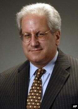 代表沃尔玛女雇员的律师约瑟·塞勒斯