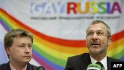 Николай Алексеев (слева)