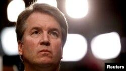 Thẩm phán được đề cử vào Tòa Tối Cao Brett Kavanaugh tại một cuộc điều trần trước Ủy ban Tư Pháp Thượng viện Mỹ tại Washington, ngày 4/10/2018. (REUTERS/Joshua Roberts