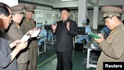 북한 당국, 경공업 분야 발전 독려