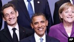 奥巴马总统与法国总统萨科齐、德国总理默克尔在北约峰会上