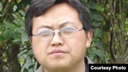 """中国民间维权网站""""民生观察""""创办人刘飞跃 (民生观察图片)"""