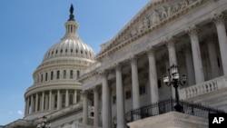 نمایی از ساختمان کنگره آمریکا در شهر واشنگتن - آرشیو