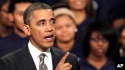 美國總統奧巴馬- 奧巴馬政府正考慮敦促最高法院推翻加州在同性婚姻上的禁令。