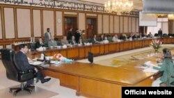 وزیراعظم راجہ پرویز اشرف وفاقی کابینہ کے اجلاس کی صدارت کر رہے ہیں