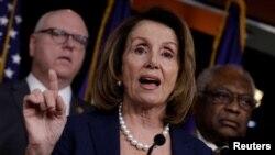 лидер демократов в Палате представителей Нэнси Пелоси