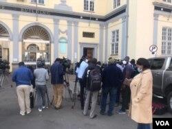Okwenzakale emthwathandaba weHigh Court ngoLwesine eHarare.