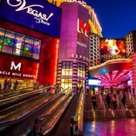 Những bạn nào là fan ruột của Hangover thì chắc rất ấn tượng với mấy sòng bài ở Vegas phải không?