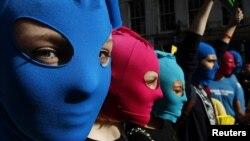 Акция в поддрежку Pussy Riot в Эдинбурге, Шотландия