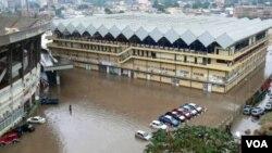 Cheias em Luanda (Angola, 2012)