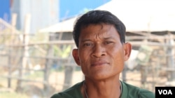 Him Kiri, another land dispute victim, said he coughed up blood when he was beaten by the miliary police, Banteay Meanchey, Cambodia, January 20, 2020. (Sun Narin/VOA Khmer)
