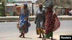 'Yan gudun hijira kusa da Maiduguri, Mayu 14, 2015.