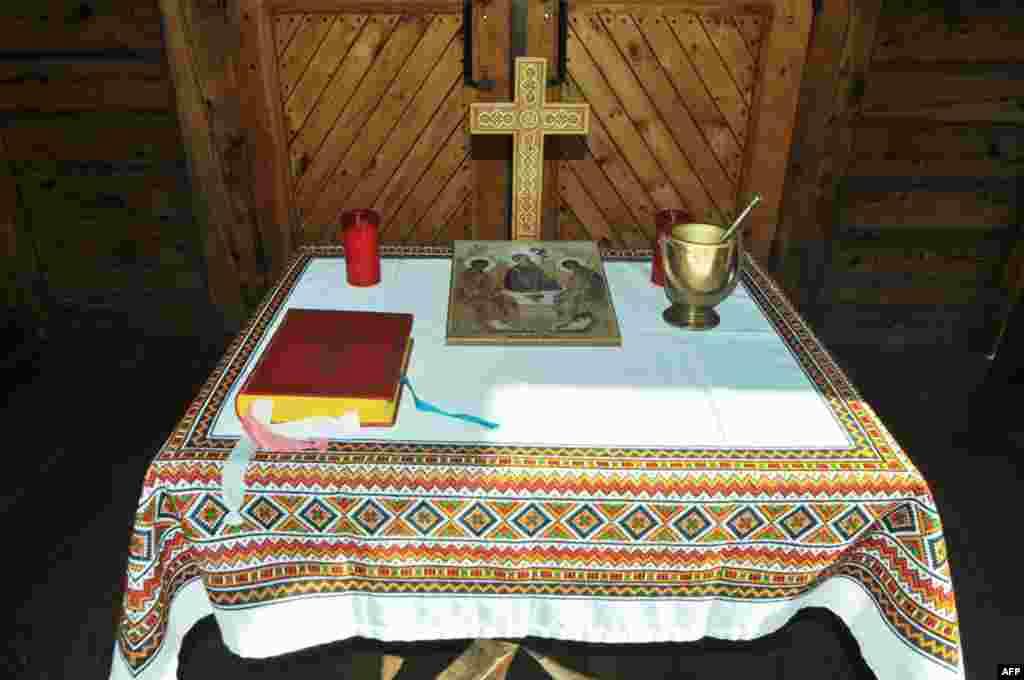 Приготування до посвячення наріжного каменя