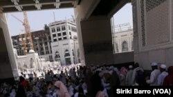 Un espace de la sainte mosquée réservée aux femmes à la Mecque, Arabie saoudite, 8 septembre 2017. (VOA/Siriki Barro)