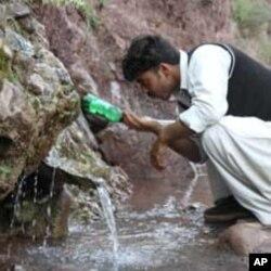 کشمیر میں پانی کو آلودگی سے پاک بنانے کی مہم