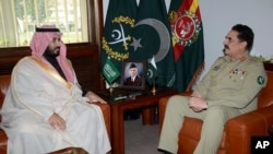 ملاقات لوی درستیز پاکستان با وزیر دفاع عربستان
