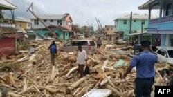 20일 도미니카 로조의 가옥들이 허리케인 '마리아'의 영향으로 파괴됐다.